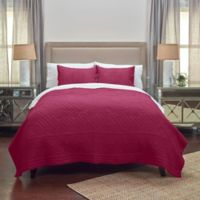 Rizzy Home Moroccan Fling Floral Queen Quilt in Red