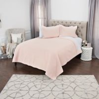 Rizzy Home Lydia Queen Quilt in Pink