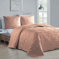 Avondale Manor Spain 3-Piece Reversible King Quilt Set in Blush
