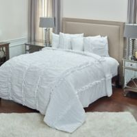 Rizzy Home Clementine King Quilt in White