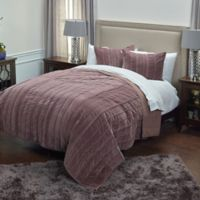 Rizzy Home Plumcicle Quilt in Purple
