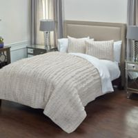 Rizzy Home Annalise Queen Quilt in Tan