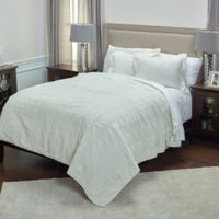 Rizzy Home Camilla Queen Quilt in Ivory