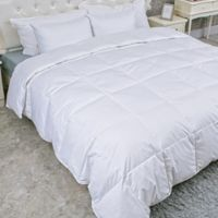 Puredown 300-Thread-Count Light Warmth Goose Down King Comforter