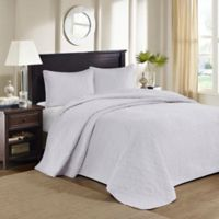 Madison Park Quebec Reversible Queen Bedspread Set in White