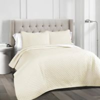 Ava Diamond King Quilt Set in Ivory