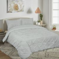 Pucker Up Reversible King Comforter Set in Grey