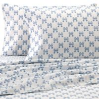 Coastal Life 300-Thread-Count Seahorse King Pillowcases in Blue (Set of 2)