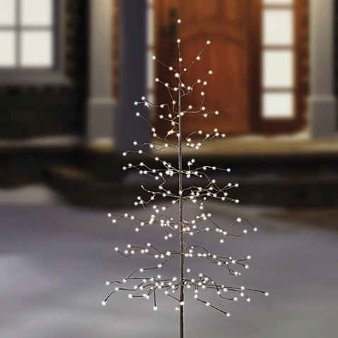 6-Foot LED Lighted Tree - Bed Bath & Beyond