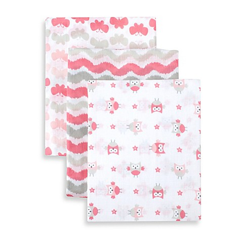 Just Born® 3-Pack Muslin Swaddle Blanket in Pink Combo