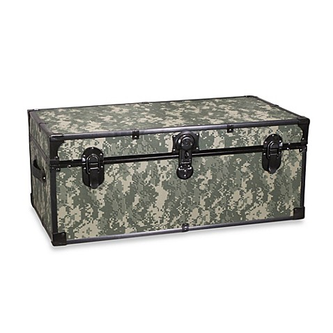 Mercury Luggage 30 Inch Storage Footlocker In Camouflage