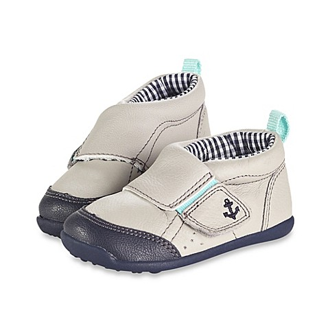 s 174 stage 3 shoes in light grey buybuy baby