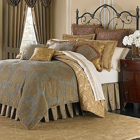 Michael Amini Victoria 4 Piece Reversible Comforter Set