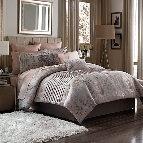 manor hill muse 8piece comforter set in blush