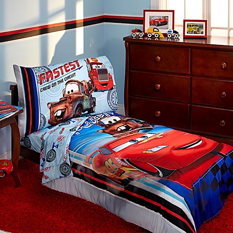 disney cars bedroom disney 174 cars fastest team 4 toddler bedding set 11441