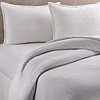 Vera Wang™ Puckered Diamond Matelassé Queen Coverlet in White