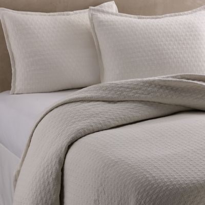 vera wang puckered diamond matelass queen coverlet in ivory - Matelasse Bedding