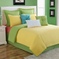 Fiesta® Dash Pic Stich Reversible Full/Queen Quilt Set in Sunflower