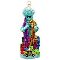 Joy to the World Collectibles Miss Liberty Takes Manhattan Christmas Ornament