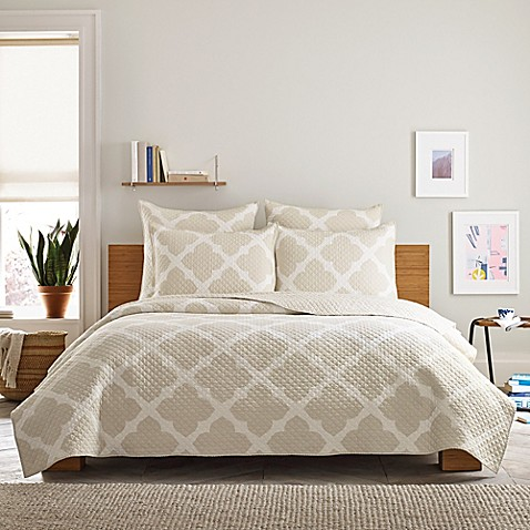 Real Simple Bennett Quilt In Taupeivory Bed Bath Beyond