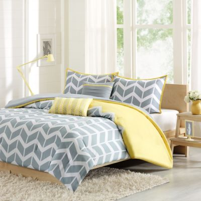 Nadia Reversible Twin/Twin XL Duvet Cover Set In Yellow