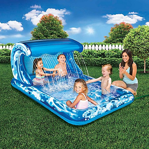 Big wave splash park inflatable spray pool bed bath beyond for Splash pool show quebec