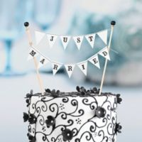 """Lillian Rose™ """"Just Married"""" Cake Bunting"""
