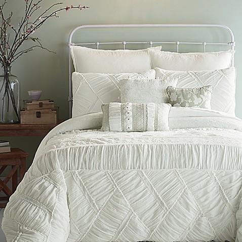 Jessica simpson liliane ruffle weave comforter set in for Chambre baroque romantique