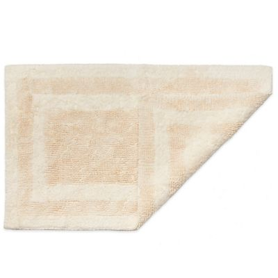 HygroSoft By Welspun 1 Foot 5 Inch X 2 Foot Reversible Bath Rug
