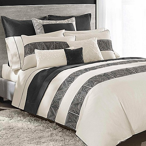 Catherine Malandrino Optic Duvet Cover In Black Ivory