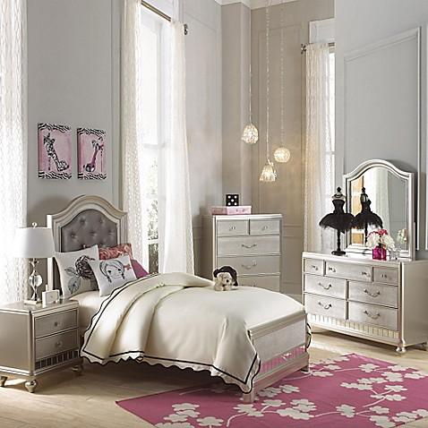 Pulaski Li'l Diva 5-Piece Bedroom Set in Cream - Bed Bath ...