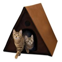 Outdoor Heated Multi-Kitty A-Frame Shelter in Chocolate