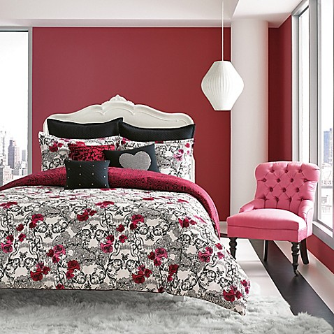 Betsey Johnson 174 Rock Out Reversible Comforter Set In Red