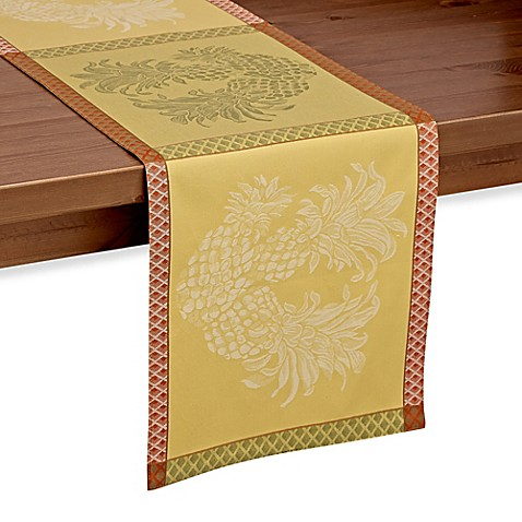 Tommy Bahama Woven Jacquard Pineapple Table Runner Bed