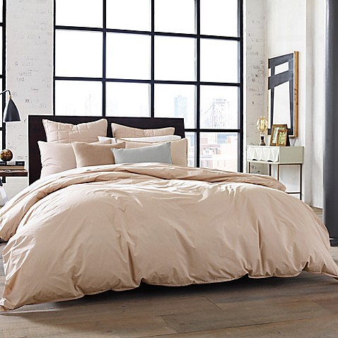Buy Kenneth Cole New York Escape King Comforter In Blush
