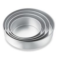 Wilton® Performance™ Aluminum 4-Piece Round Pan Set