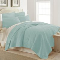 Ocean View Full/Queen Quilt in Light Blue