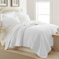 Ocean View Twin Quilt in White
