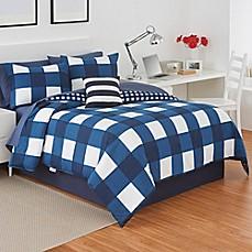 Izod 174 Buffalo Plaid Reversible Comforter Set In Navy White