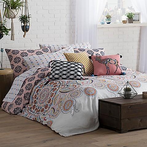 wander home kelia reversible comforter set bed bath beyond. Black Bedroom Furniture Sets. Home Design Ideas