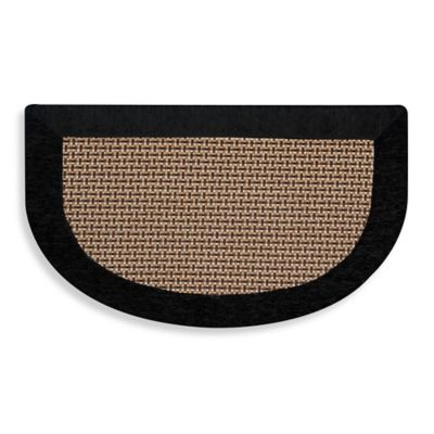 Maplewood Slice 20 Inch X 32 Inch Kitchen Mat In Black