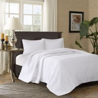 Madison Park Corinne 3-Piece Full/Queen Bedspread Set in White