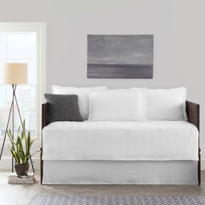 buy white daybed bedding from bed bath & beyond