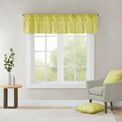 Perfect Buy Green Valances from Bed Bath & Beyond GO44