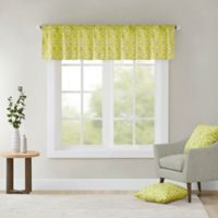 Madison Park Delray Printed Diamond Valance in Green