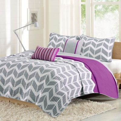 intelligent design nadia twintwin xl coverlet set in