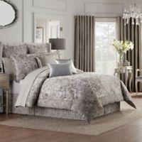 Valeron Fiesol Queen Comforter Set in Silver