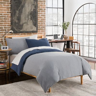 League Reversible King Duvet Cover Set In Navy Grey