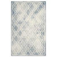 Safavieh Dip Dye Link Trellis 4-Foot x 6-Foot Area Rug in Grey/Ivory