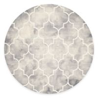 Safavieh Dip Dye Trellis Point 7-Foot Round Area Rug in Grey/Ivory
